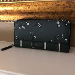 Marc Jacobs long wallet